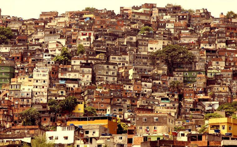 favelas-working-title-01-760x472