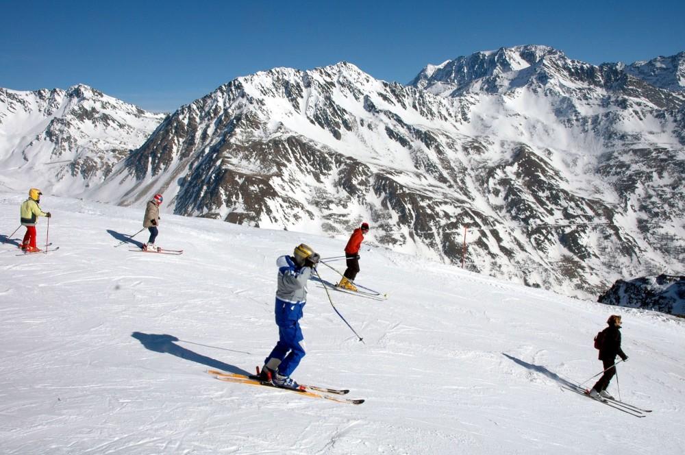 turismo-sulla-neve.jpg