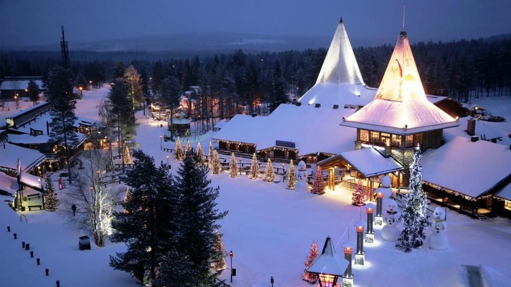 Finland-Christmas-Village-16.jpg